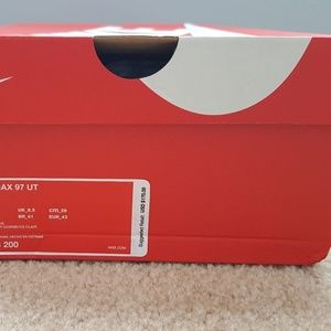 A pair of never worn W size 11 Air Max 97 UT
